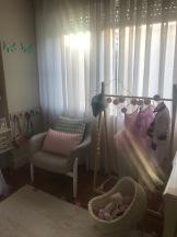 Olhos fechados e carrinho de bonecas- Little cloud/ Bengaleiro animais- deborla/almofada cadeira e tapete- Lavandiska